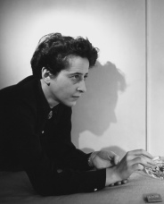med_047-hannah-arendt-1944-by-fred-stein-01-jpg
