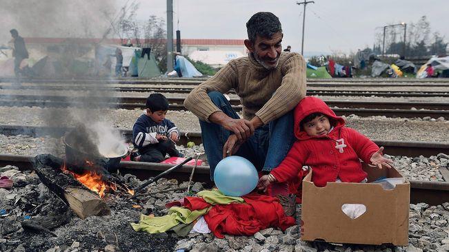 We-refugees_1543655635_27926818_651x366