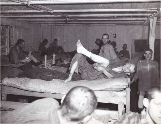 Mauthausen - Inmates found in the barracks at liberation (Copiar)
