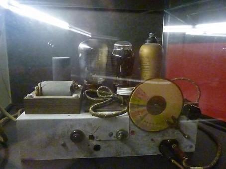radio-construida-por (Copiar)