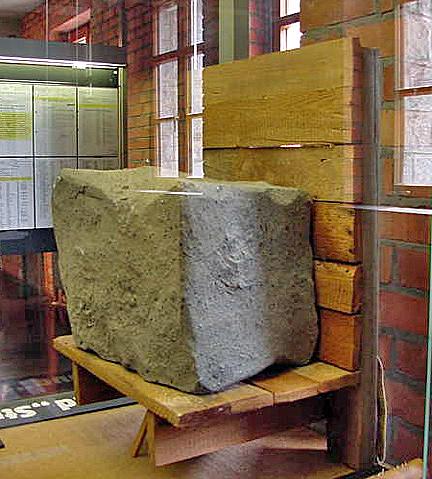 stonecarrier1